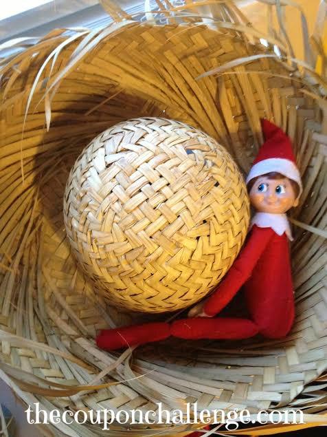 Elf on the Shelf Ideas 16