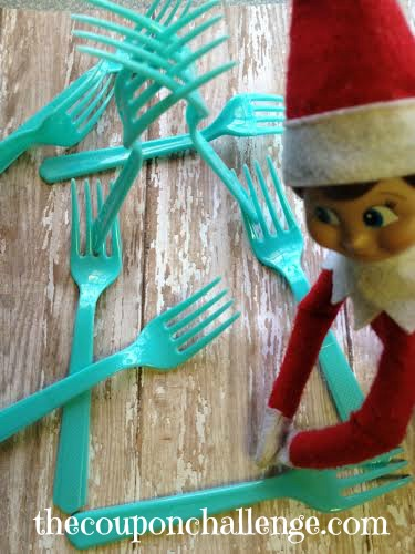 Elf on the Shelf Ideas 8