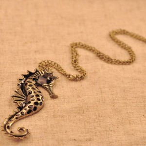 seahorse neck